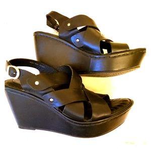 Born Black Platform Sandles